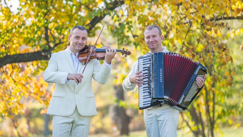 advahov-brothers-orchestra